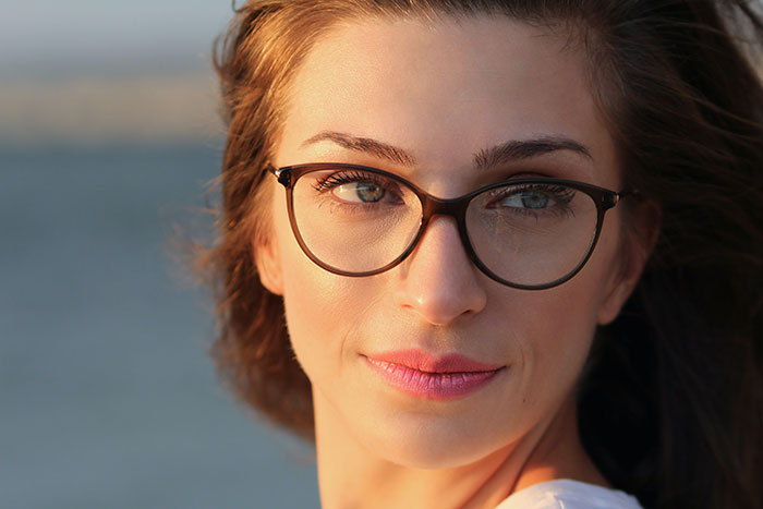 Finding the Right Brand of Designer Eyeglasses to Suit Your Style