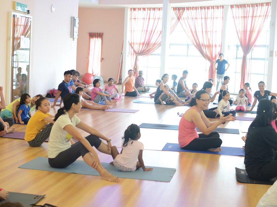 Parent & Kid Yoga
