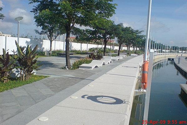 Puteri Habour Promenade